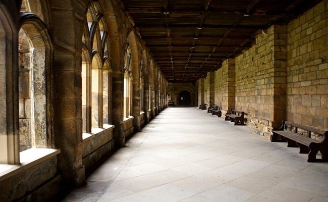 Durham University Poco a Poco Wikipedia - [Eropa]14 Sekolah Hukum Terbaik