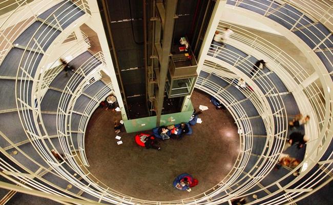 London School of Economics and Political Science John PicktonWikimedia Commons - [Eropa] 14 Sekolah Hukum Terbaik