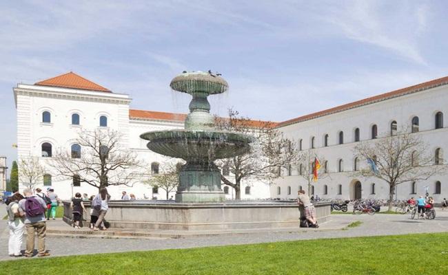 Ludwig Maximillians Universitat Munchen - [Eropa]14 Sekolah Hukum Terbaik