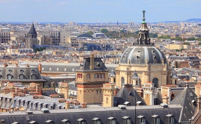 Université Paris 1 Panthéon Sorbonne TupungatoShutterstock - [Eropa]14 Sekolah Hukum Terbaik